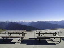 Free Mountain Picnic Spot Stock Photo - 16225490
