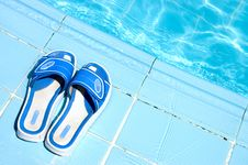 Free Flip Flops By The Swimming Pool Royalty Free Stock Photos - 16226558