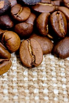 Free Brown Coffee Grains On A Sacking Royalty Free Stock Images - 16226859