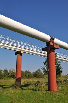 Free High Pressure Pipelines. Royalty Free Stock Images - 16231109