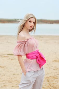 Free Blond Girl Near The Water Royalty Free Stock Photos - 16235728