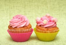 Free Vanilla Cupcakes With Strawberry Icing Stock Photography - 16236402