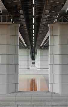 Free Bridge Pillars Royalty Free Stock Photography - 16238217