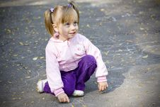 Free Girl In Autumn Park Royalty Free Stock Photography - 16239197