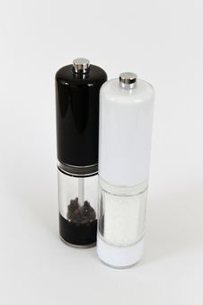 Free Salt And Pepper Shakers Royalty Free Stock Image - 16239376