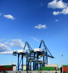 Free Containers Cranes Stock Images - 16240824