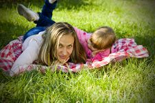 A Little Girl With Her Mother Royalty Free Stock Photos