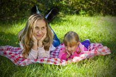 Free A Little Girl With Her Mother Royalty Free Stock Photography - 16241077