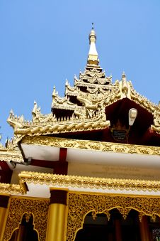 Free Gold Pagoda In Sky Background Stock Photos - 16245033