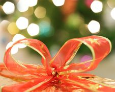 Free Red Ribbon Royalty Free Stock Image - 16251216