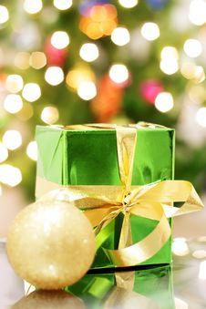 Free Gift Box Royalty Free Stock Image - 16251246