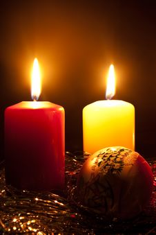 Free Candles And A Fur-tree Toy Royalty Free Stock Photography - 16255187