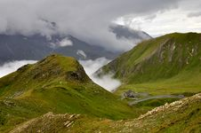 Free Mountain Scenery Royalty Free Stock Photos - 16255218