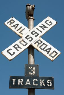 Free Railroad Crossing Sign Stock Images - 16257164