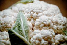 Free Raw Cauliflower Stock Photography - 162501752