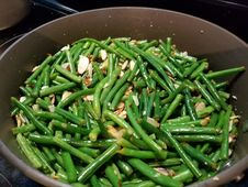 Free Yummy Green Beans With Almonds Royalty Free Stock Photos - 162501868