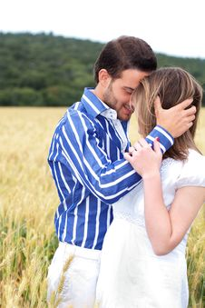 Free Beautiful Picture Of Couple In Love Royalty Free Stock Photos - 16264198