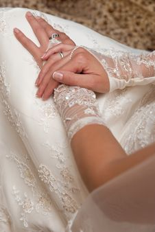 Free Bride S Hands Stock Photos - 16264573