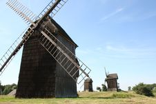 Free Windmills Stock Photos - 16265283