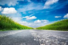 Free Country Road Landscape Royalty Free Stock Photography - 16266537