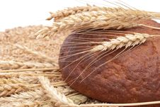 Free Bread With Wheat And Ears Royalty Free Stock Images - 16266869