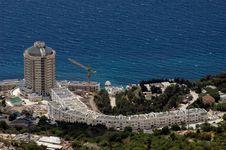 Free Luxury Hotel On Coastline Royalty Free Stock Images - 16267099