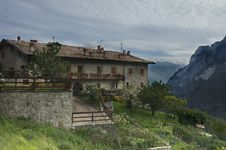 Free House In The Italian Alps Royalty Free Stock Photography - 16270197
