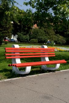 Free Red Bench Royalty Free Stock Images - 16275759