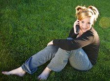 Free Attractive Young Teen Talking On The Phone Royalty Free Stock Photography - 16280327