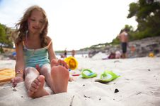 Free Little Girl On A Beach. Royalty Free Stock Images - 16282139