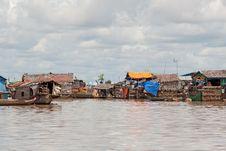 Fishing Village On Tonle Sap Lake Royalty Free Stock Photography