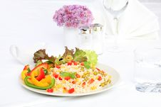 Free Meal Time Royalty Free Stock Photos - 16285018