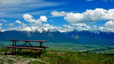 Free A Bench With A View Stock Image - 16287781
