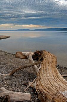 Free Mountains And Lake Royalty Free Stock Photos - 16289608