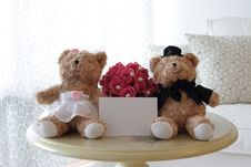 Free Cute Bears With Blank Note Royalty Free Stock Images - 16291499