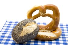 Free Pretzel With Poppy Rolls Royalty Free Stock Photography - 16292347