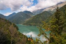 Free Lake Ritsa. Abkhazia. Stock Images - 16292764