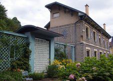 Free House With Latticework. Stock Photos - 16292833