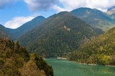 Free Lake Ritsa. Abkhazia. Royalty Free Stock Photography - 16293137