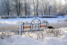 Free Old Bench Royalty Free Stock Images - 16293979