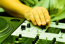 Free Hands Of A Dj Adjusting The Crossfader Royalty Free Stock Photo - 16294485