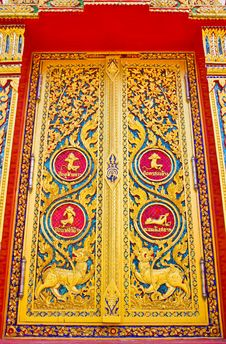 Free Traditional Thai Style Door Temple Stock Photography - 16297392