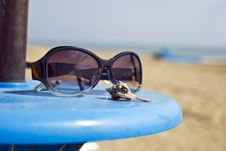 Free Sun Glasses Royalty Free Stock Image - 16297866