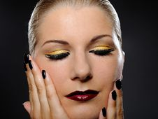 Free Pretty Woman With Bright Make-up Royalty Free Stock Photography - 16298057