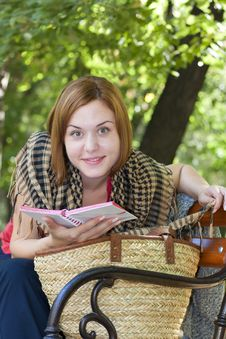 Free Enjoying Early Autumn In The Park Stock Photography - 16298582