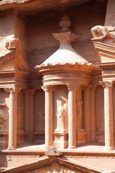 Free Detaiil Of Treasury (Al-Khazneh) In  Petra Royalty Free Stock Photos - 16298868