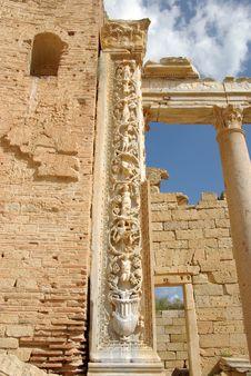 Free Roman Sculptures Stock Photos - 16299283