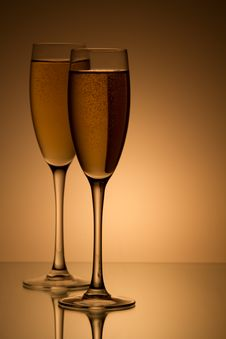 Free A Glass Of Champagne Royalty Free Stock Photo - 16299745