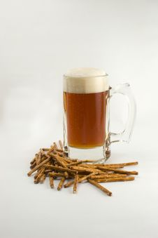 Free Beer And Pretzels Stock Image - 1630931