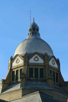 Free Roof Top Of Novi Sad Synagogue Royalty Free Stock Photography - 1632187